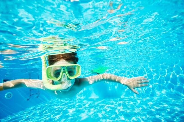 ダイビングマスクに水
