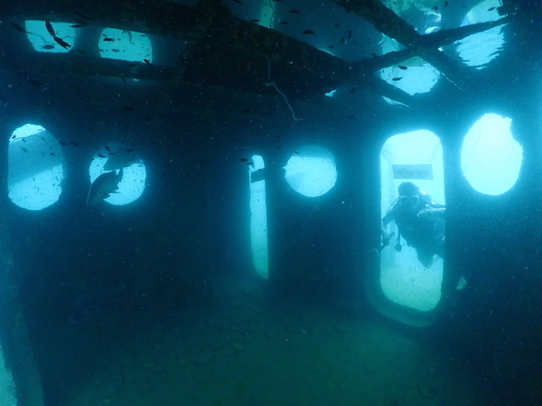 タイ(タオ島)の沈船