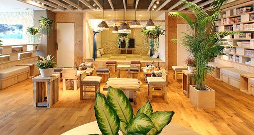 ゲストハウスちゅらククル石垣島です。